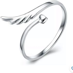 Jewelry - Silver Plated Ring